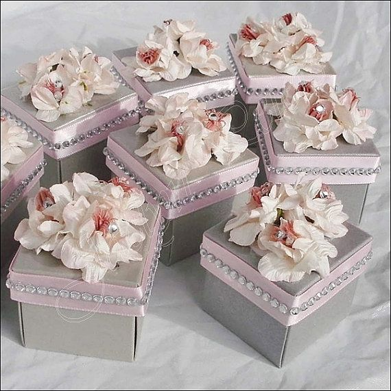wedding favors flowers favor box silver with pink flowers and rhinestones 9455