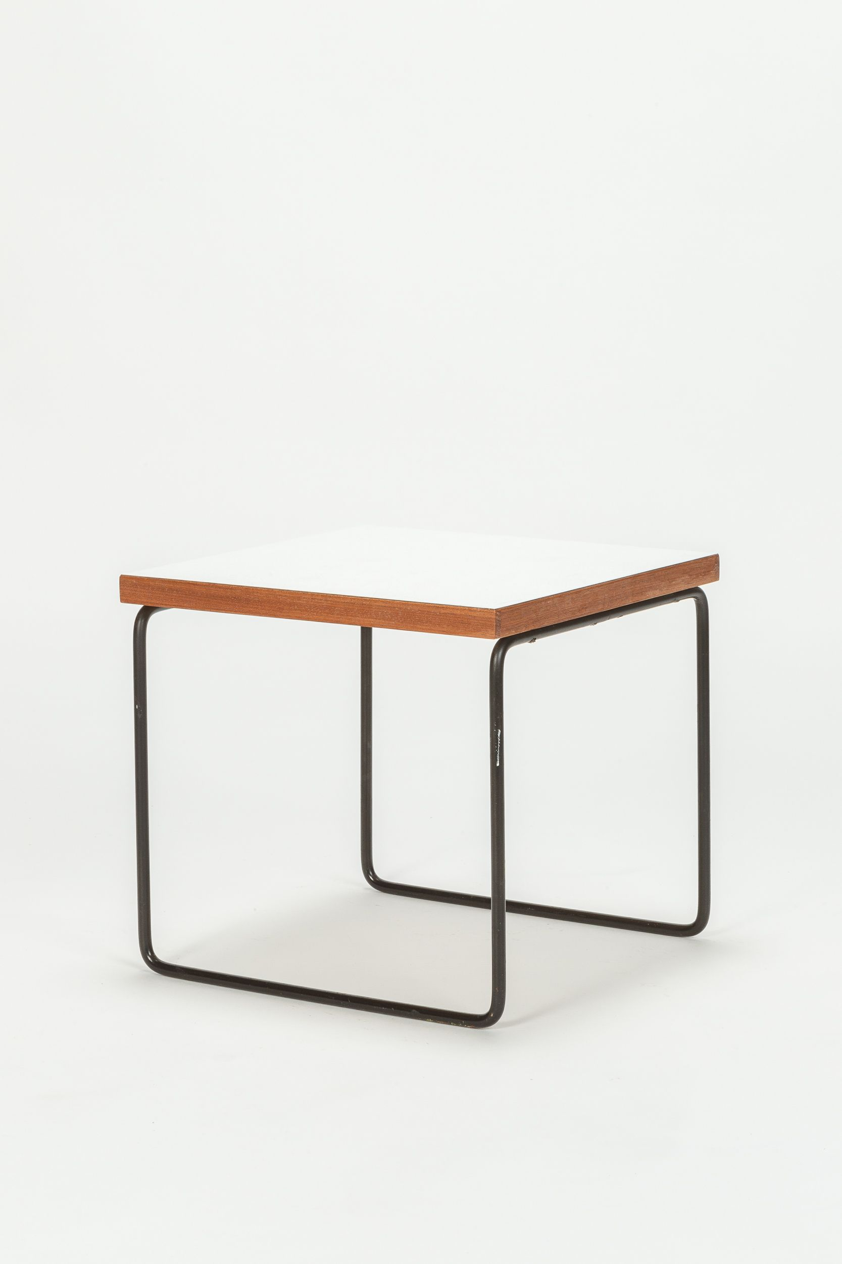 Steiner Gartentisch Pierre Guariche Side Table New Arrivals At Okay Art Formica