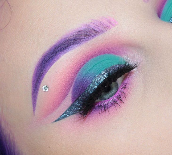 15 makeup inspired by space to be the star of the party