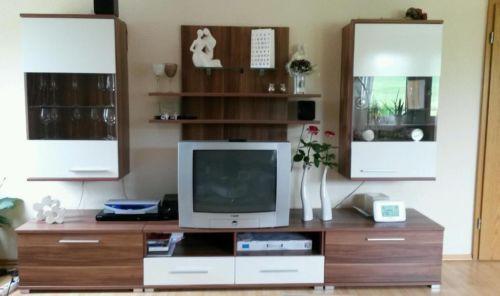 Wohnwand Schrankwand Nussbaum-Weiß Wohnungsanregungen - wohnzimmer weis nussbaum