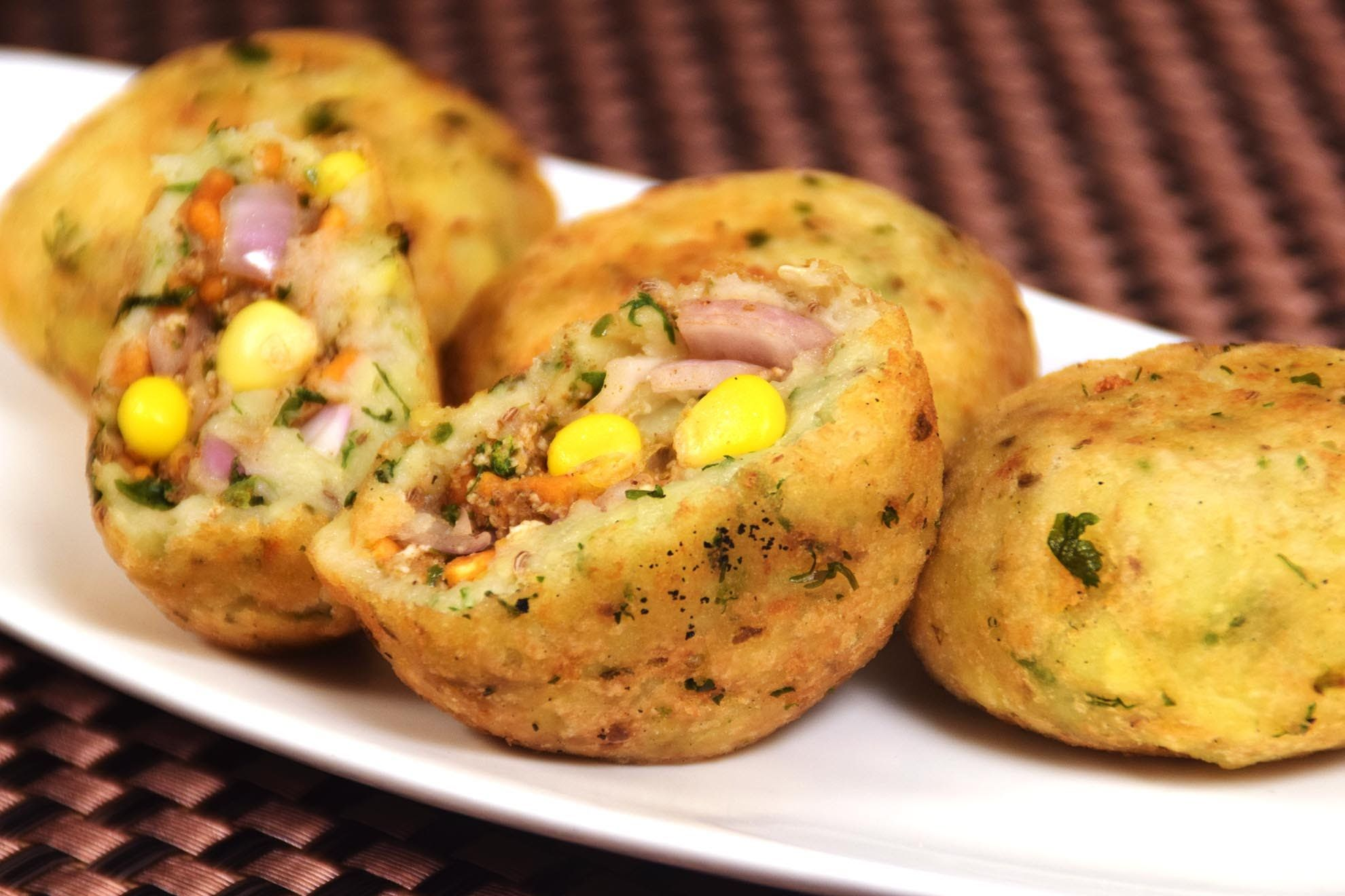 Paneer corn pyaaz kachori easy indian starters party snacks paneer corn pyaaz kachori easy indian starters party snacks recipe forumfinder Image collections