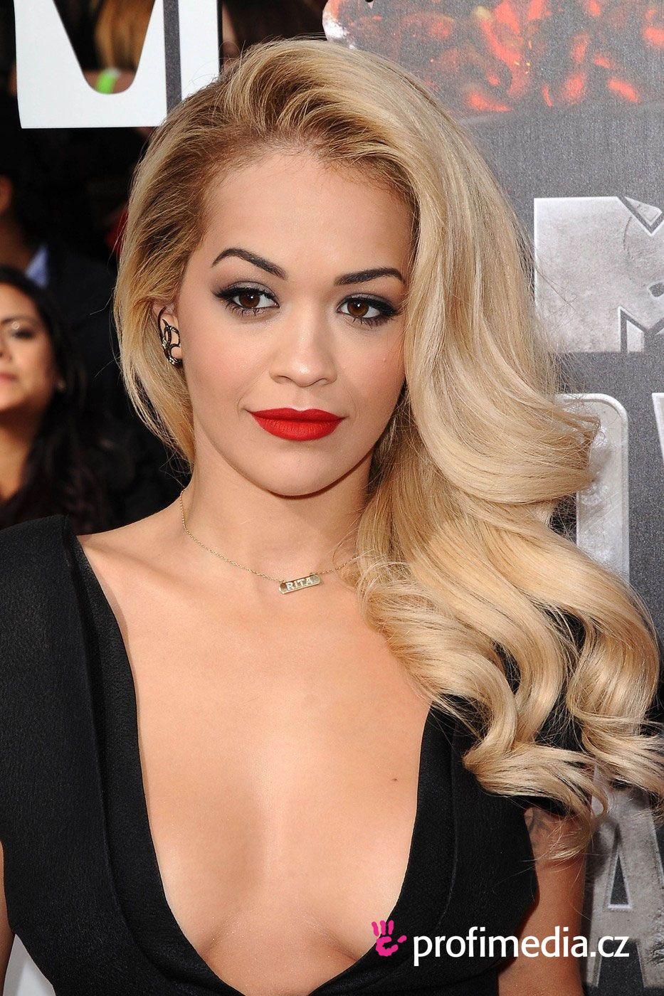 Rita Ora Hairstyle Easyhairstyler Glamour Hair Cool Blonde Hair Hollywood Curls