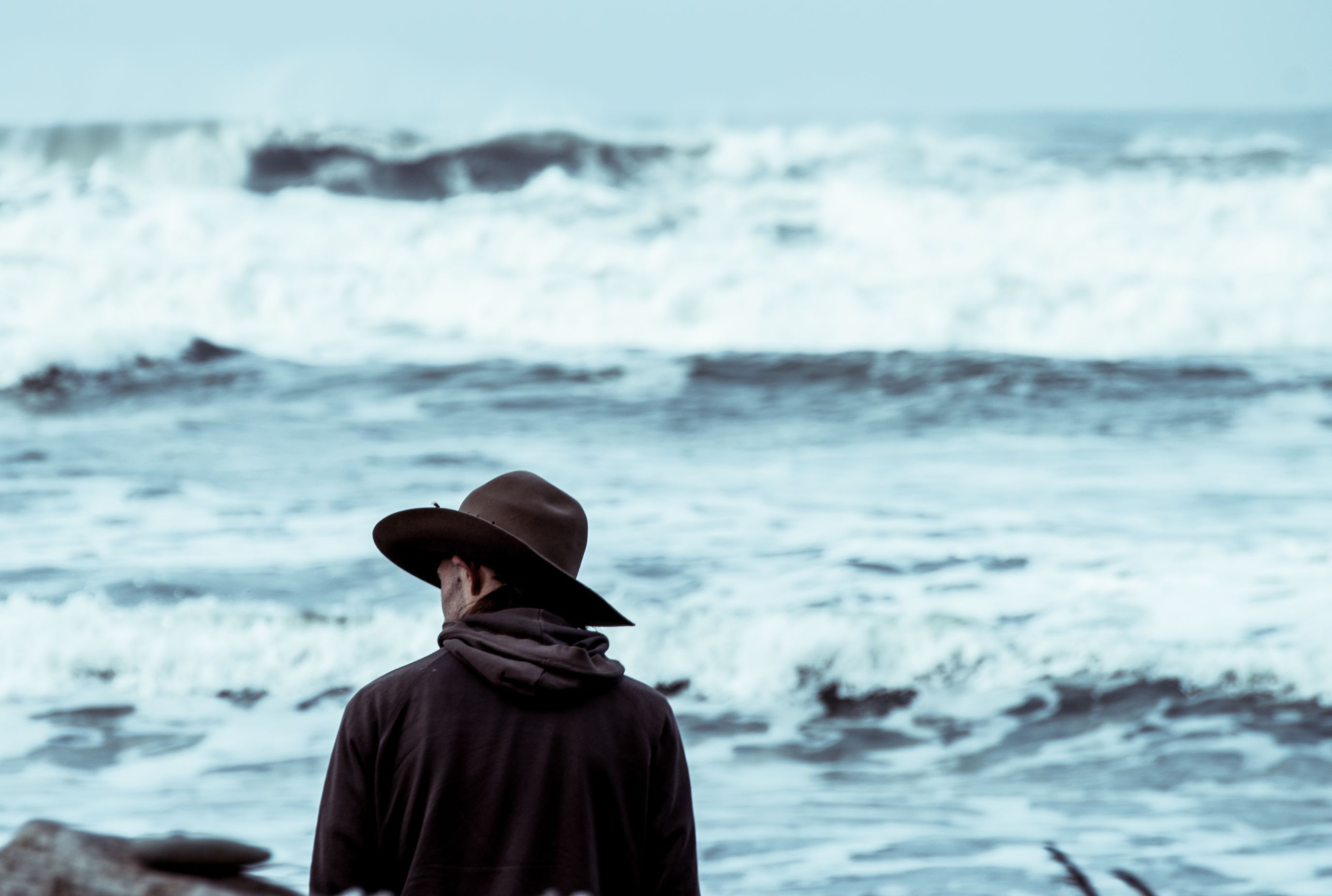 Photo by Tyler Milligan Unsplash Bipolar, Brown hats