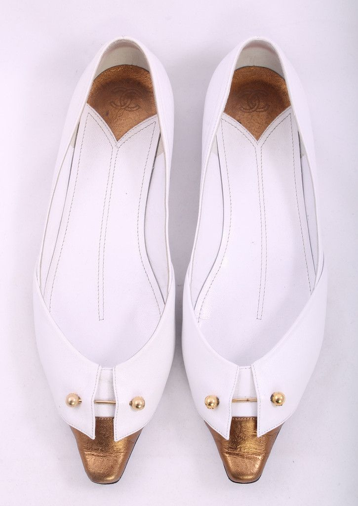 CHANEL White Leather Metallic Gold Pointed Square Flats Size 7 With Box