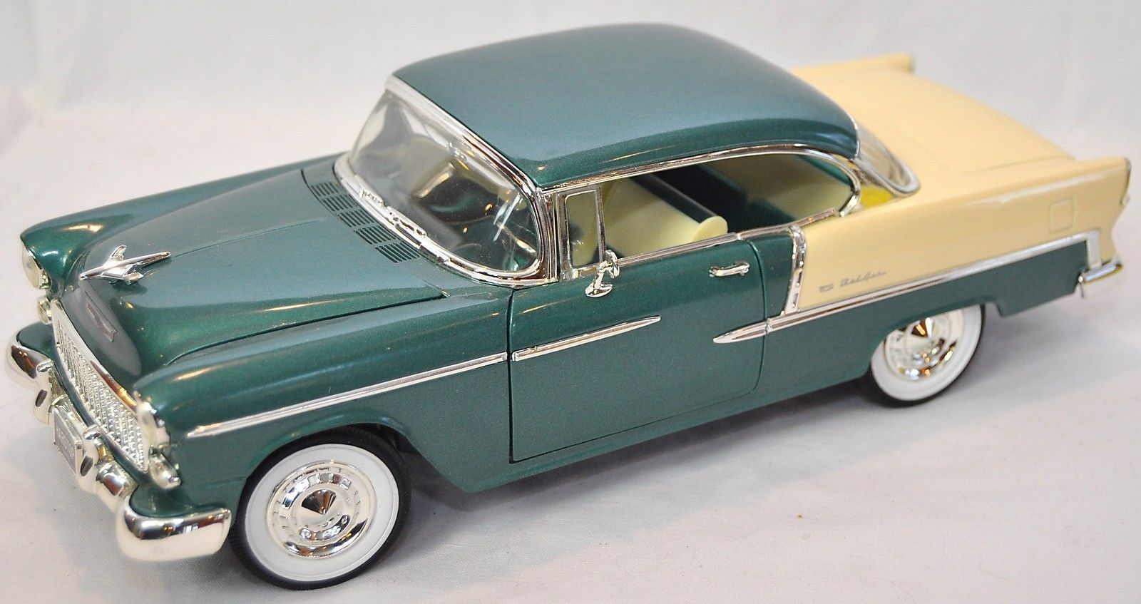 Ertl 1 18 1955 chevy bel air neptune green 7256 error american muscle sealed 55