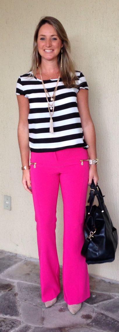 Look de trabalho - Look do dia a moda corporativa - calça flare rosa pink - blusa listrada - pink flare pants - top striped