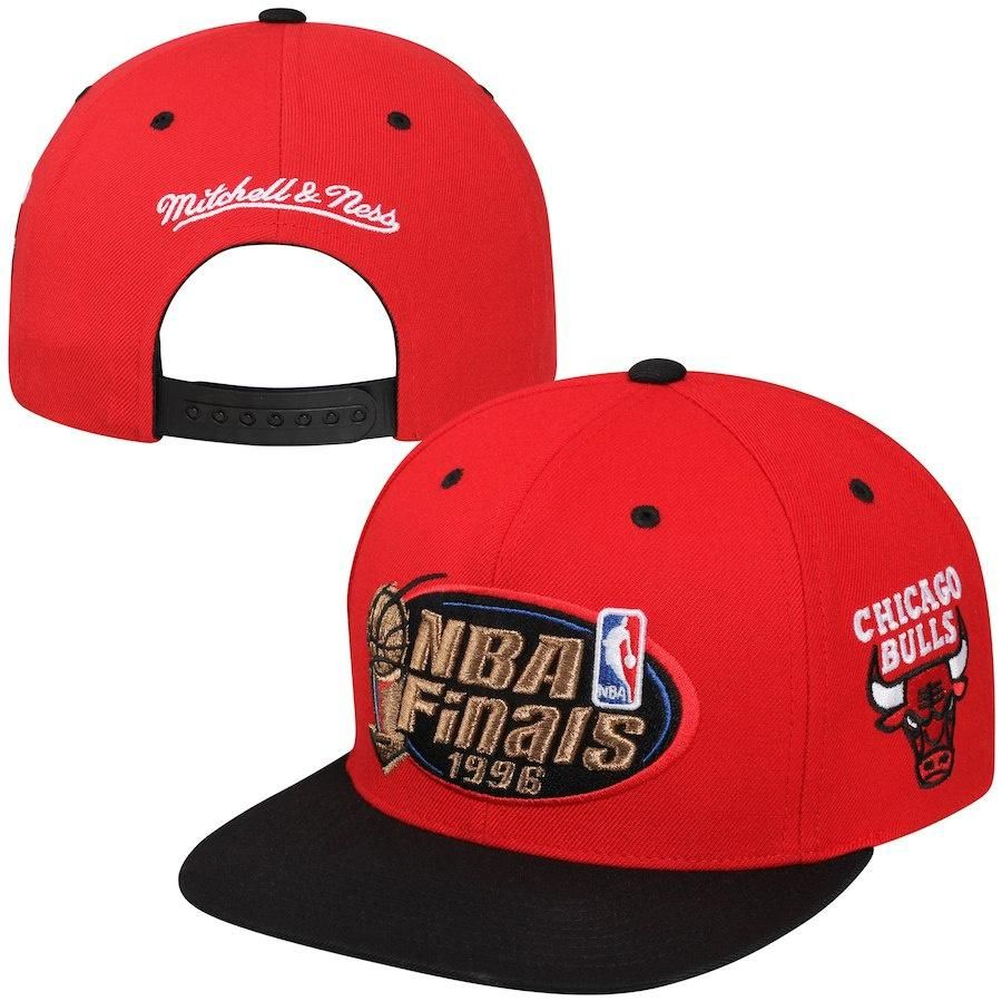 2ae35d1f7b7bb6 Mitchell & Ness Chicago Bulls 1996 NBA Finals Commemorative Snapback Hat -  Red/Black