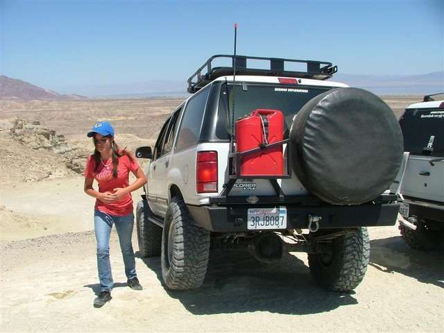 Swing Out Tire Carrier Ford Ranger Google Search Ford Suv Ford Explorer Ford 4x4