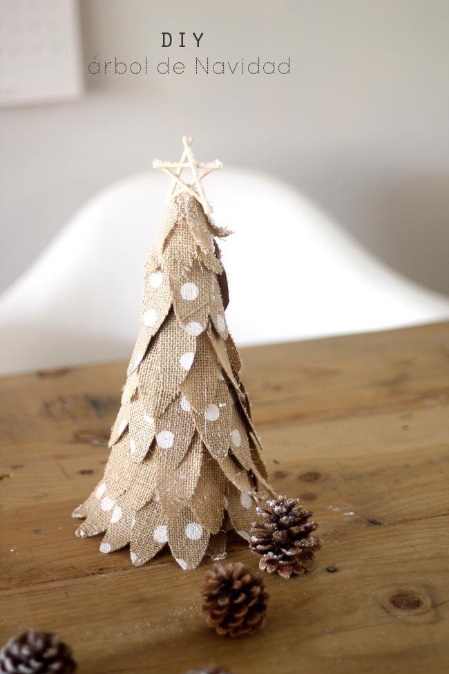 Un pequeño arbol de Navidad fácil