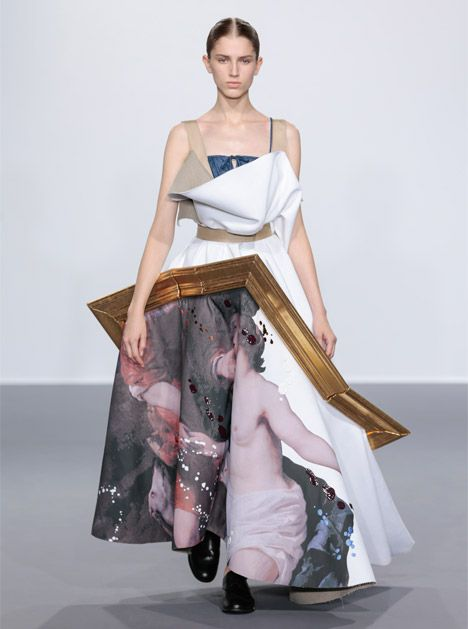 Dutch Fashion Designers Viktor Rolf Transformed Broken Picture Frames Filled With Fabric Into Haute Couture Gowns During Couture Fashion Fashion Couture 2015