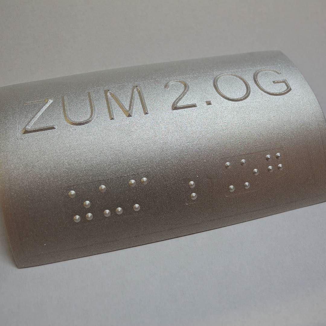 On instagram by gravierwerkstatt #braille #doitbraille (o) http://ift.tt/1QlQ5zU #taktilebeschriftung #tactiletypography