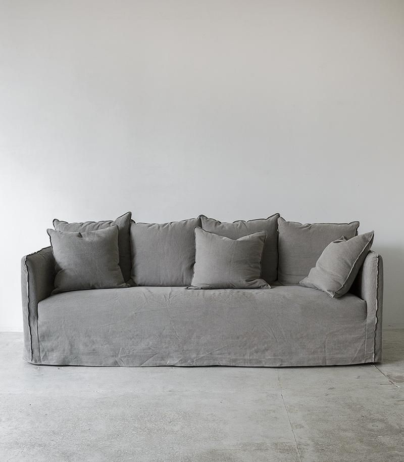 Linen Slipcover Sofa Natural Grey This Luxe Yet Slouchy Sofa Is Perfect For Your Lounge Or Bedroom With The In 2020 Slipcovered Sofa White Slipcover Sofa Slipcovers