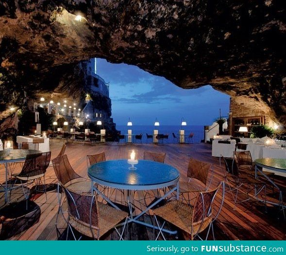 Restaurant in a cave in Italy
