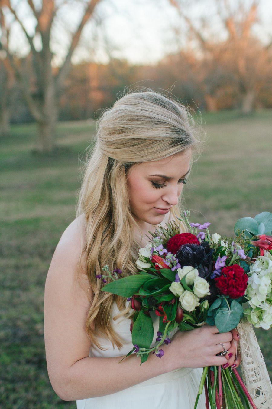 Photography: Jess Hunter - www.jesshunterphotography.com  Read More: http://www.stylemepretty.com/southeast-weddings/2014/04/15/elegant-eclectic-farm-wedding-inspiration/
