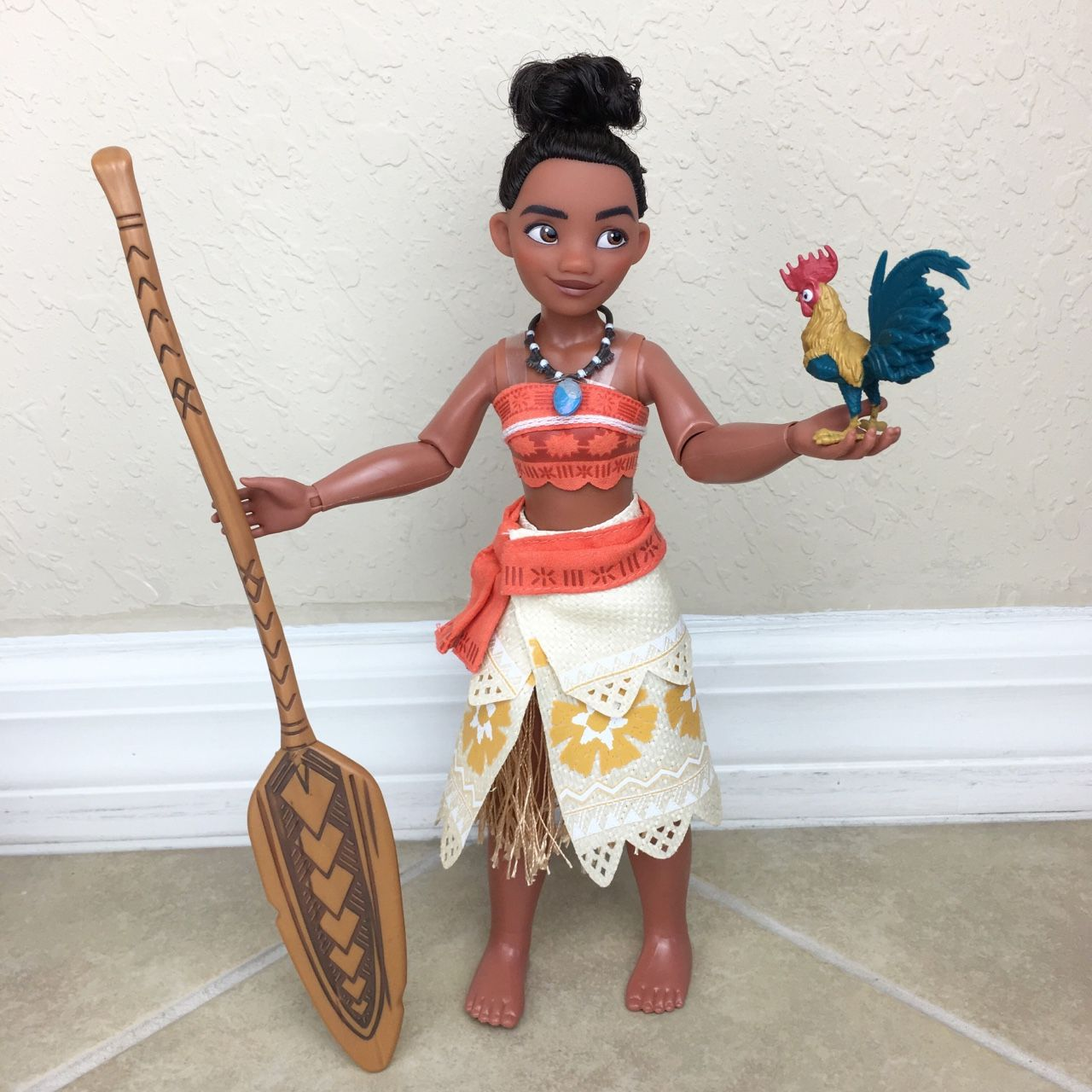 Lots of Moana doll pictures