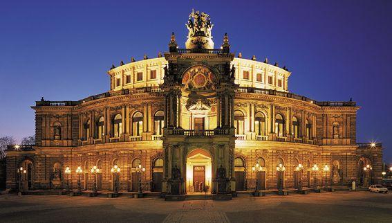 Can T Wait To See Elton John Here July 2014 Semper Oper Dresden Oper Dresden