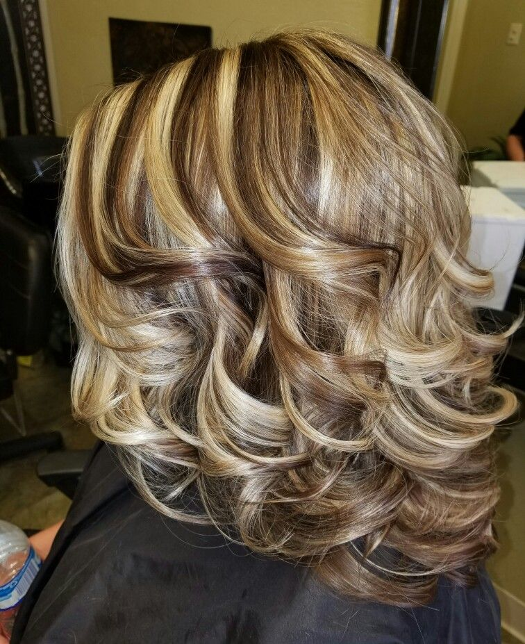 Long Layered Hairstyles 2019: #hairbyheatherhaynes #highlightsandlowlights In 2019