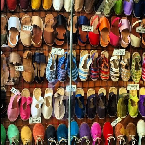 Walls of espadrilles at casa hernanz in madrid spanish - Casa hernanz madrid ...