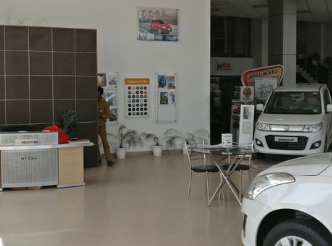 Maruti Suzuki Arena Tricity Autos Provides The Best Collection Of Hatchback Suv Muv And Sedan Maruti Showroom Patiala Highway In 2020 With Images Car Dealer Suzuki Car Showroom