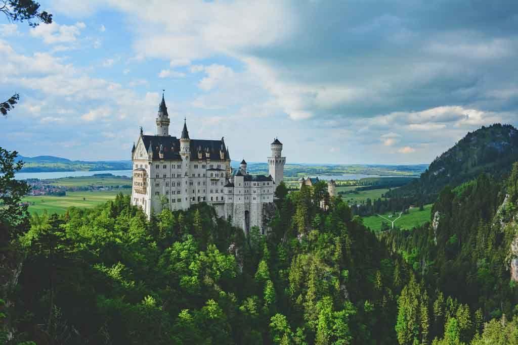 Die 20 Schonsten Ausflugsziele Und Sehenswurdigkeiten Im Allgau Allgau Urlaub Ausflugsziele Neuschwanstein