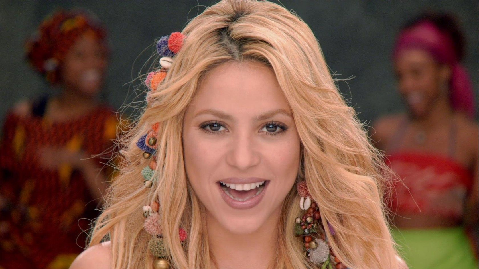 Pin By Analia Molina On Ecuador Time For Africa Shakira Music Videos Vevo