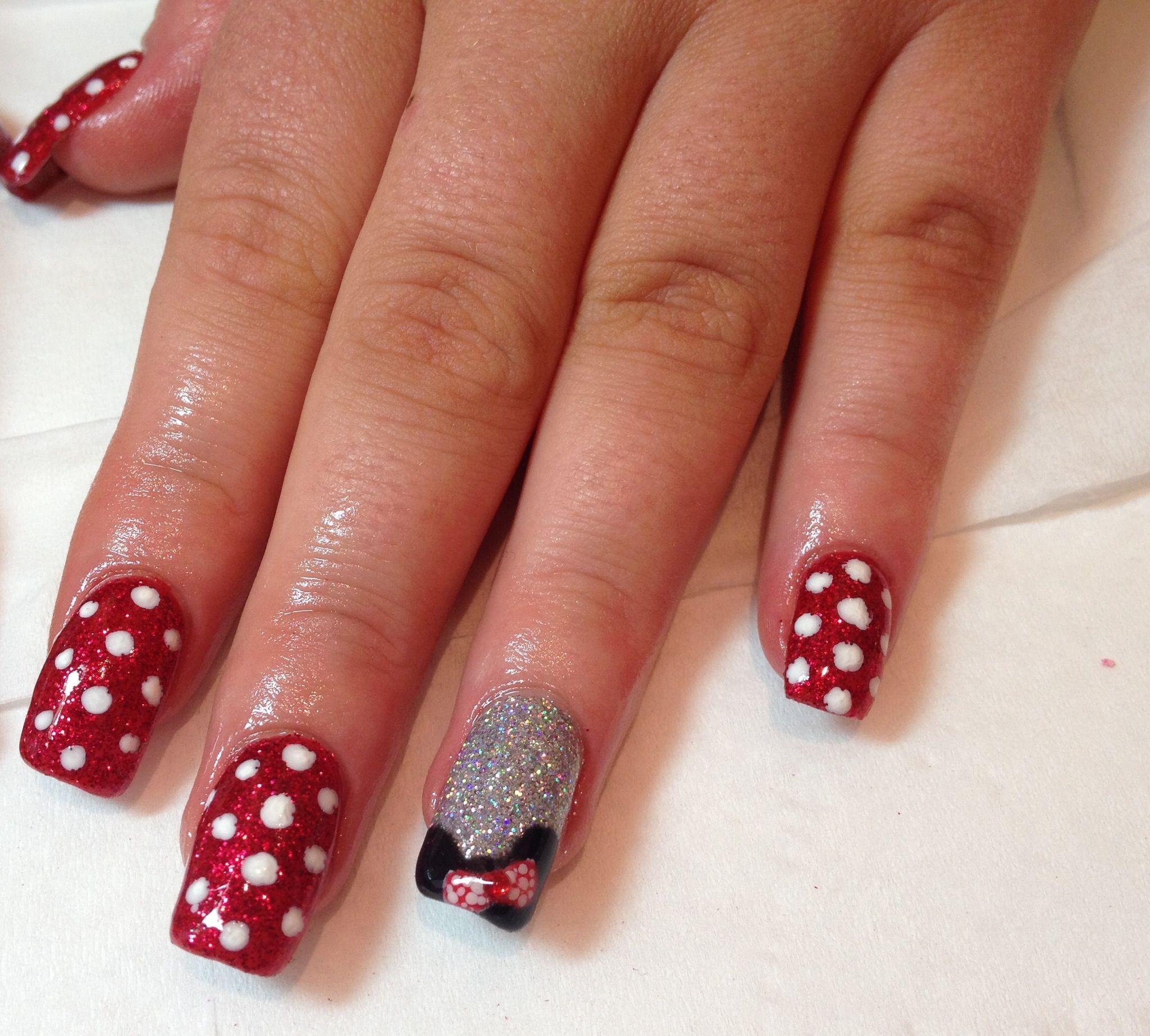 Minnie Mouse nails   Diseño de uñas Carolina.   Pinterest   Minnie ...