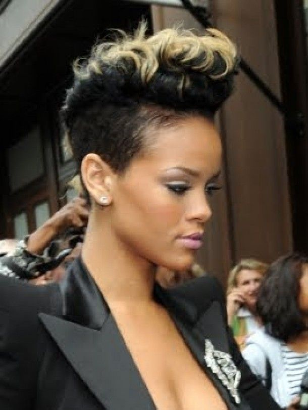 Mohawk Hairstyles For Black Women 2011 Blonde Tips Look Good