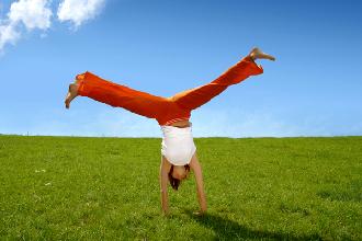 5 kundalini yoga poses for boosting your energy