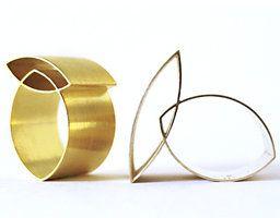 Navette; Ringe Gold, Silber. Nicht lieferbar.