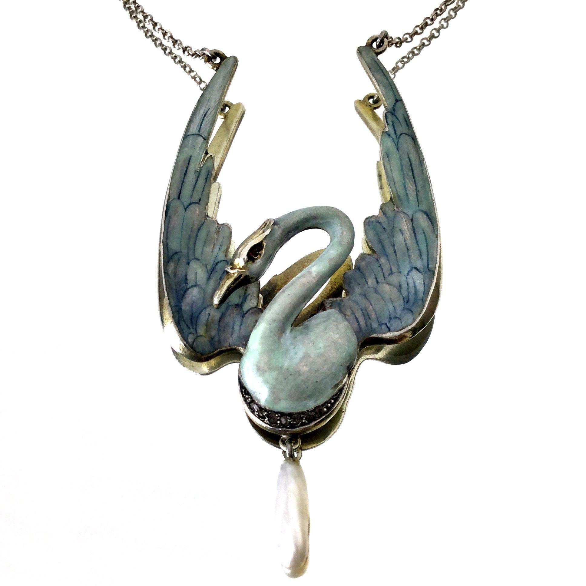 Art Nouveau Swan Necklace Silver enamelled ca 1900 Kunsthandel