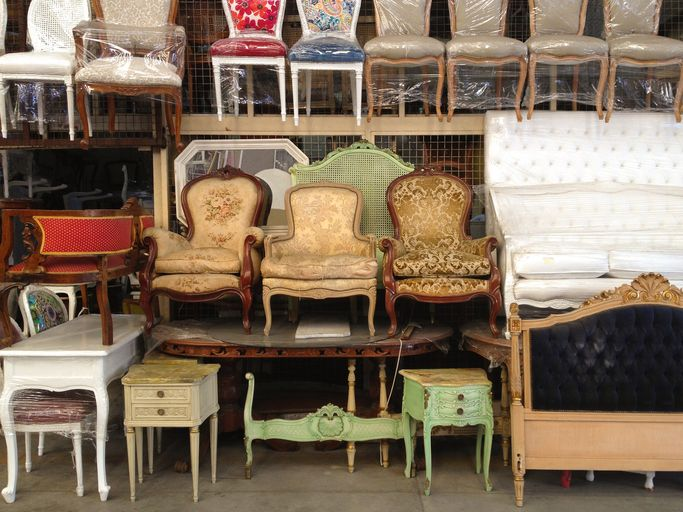 5 Tips For Buying Furniture From A Thrift Store Buying