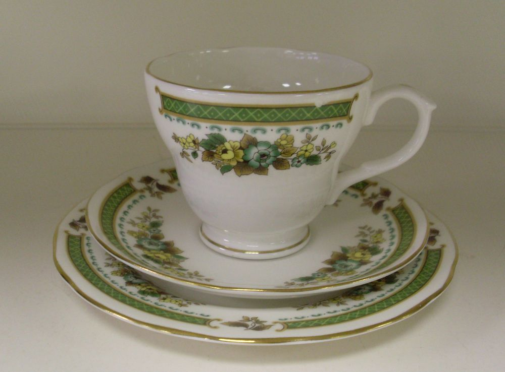 DUCHESS BONE CHINA TEA CUP SAUCER AND TEA PLATE SET (EW) & DUCHESS BONE CHINA TEA CUP SAUCER AND TEA PLATE SET (EW)   Lets set ...