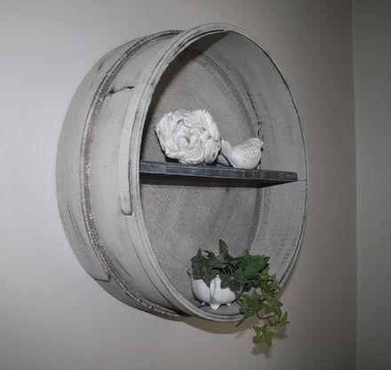 r cup 39 cr ative avec ce tamis de ma on revisit en tag re patin soie de gr ge et chaul noir. Black Bedroom Furniture Sets. Home Design Ideas