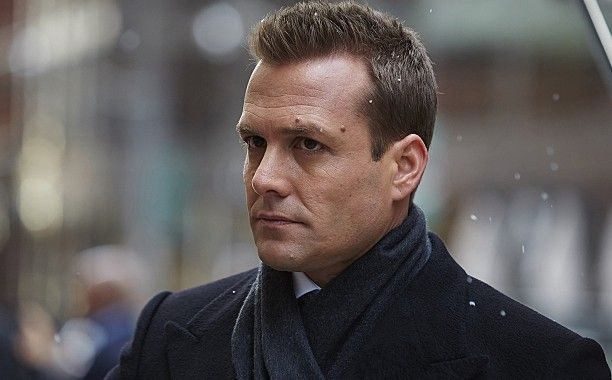 Slightly obsessed with #harveyspecter wearing a #coat