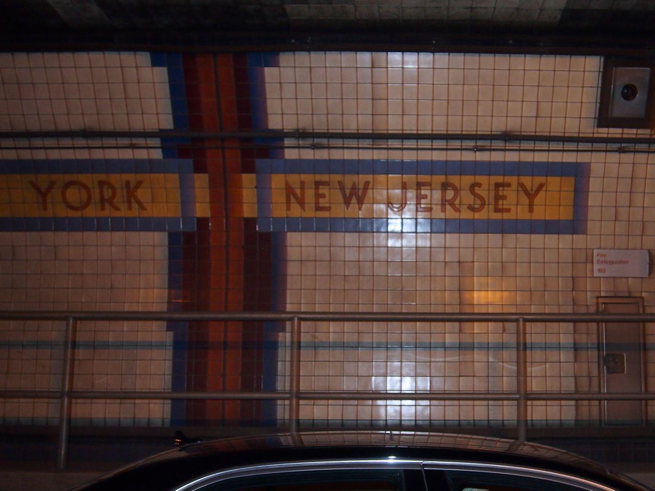 State Border Lincoln Tunnel