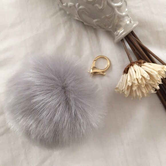 8662b08af6e9 10Cm Gray PomPom Fur Ball Bag Charm Keychain This Gorgeous Pom Pom will give  a fantastic look to your bag or keys. Faux Rabbit FurPLEASE DONT PURCHASE  THIS ...