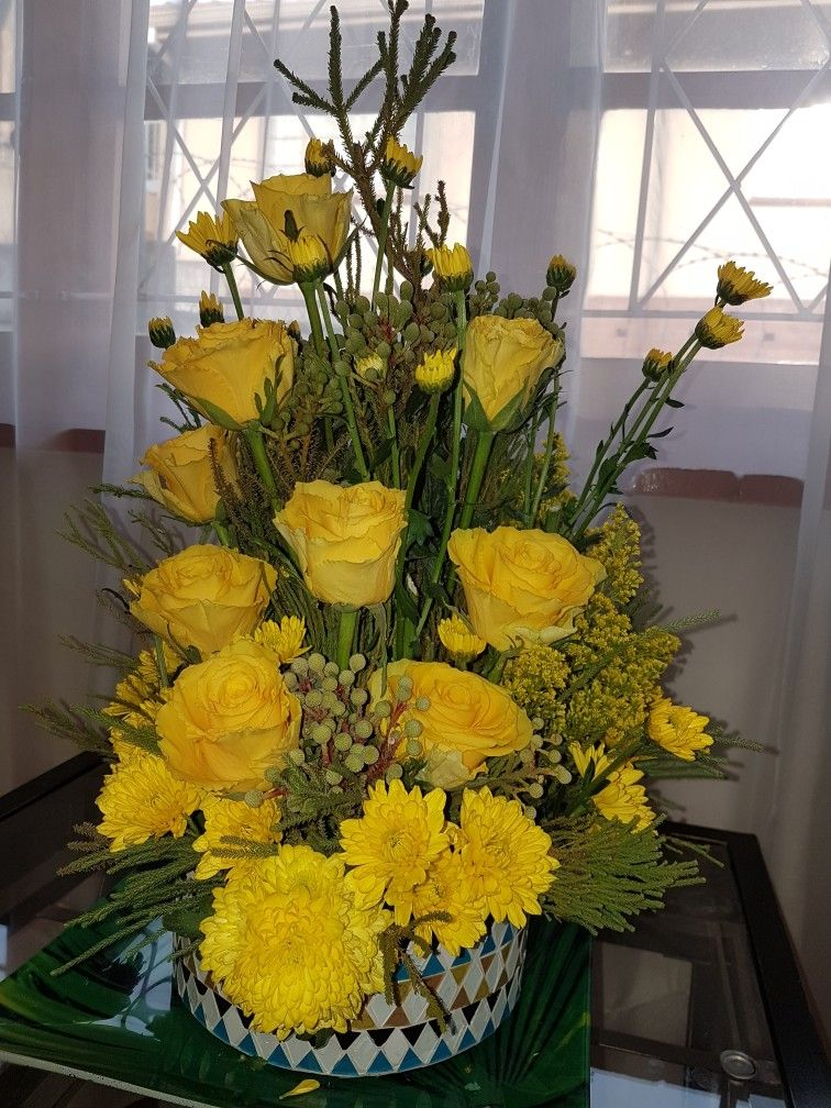 Table Arrangements, Floral Arrangements, Flower Arrangement, Floral Design,  Bouquets, Wreaths, Flower Arrangements, Healthy Living, Floral Arrangement