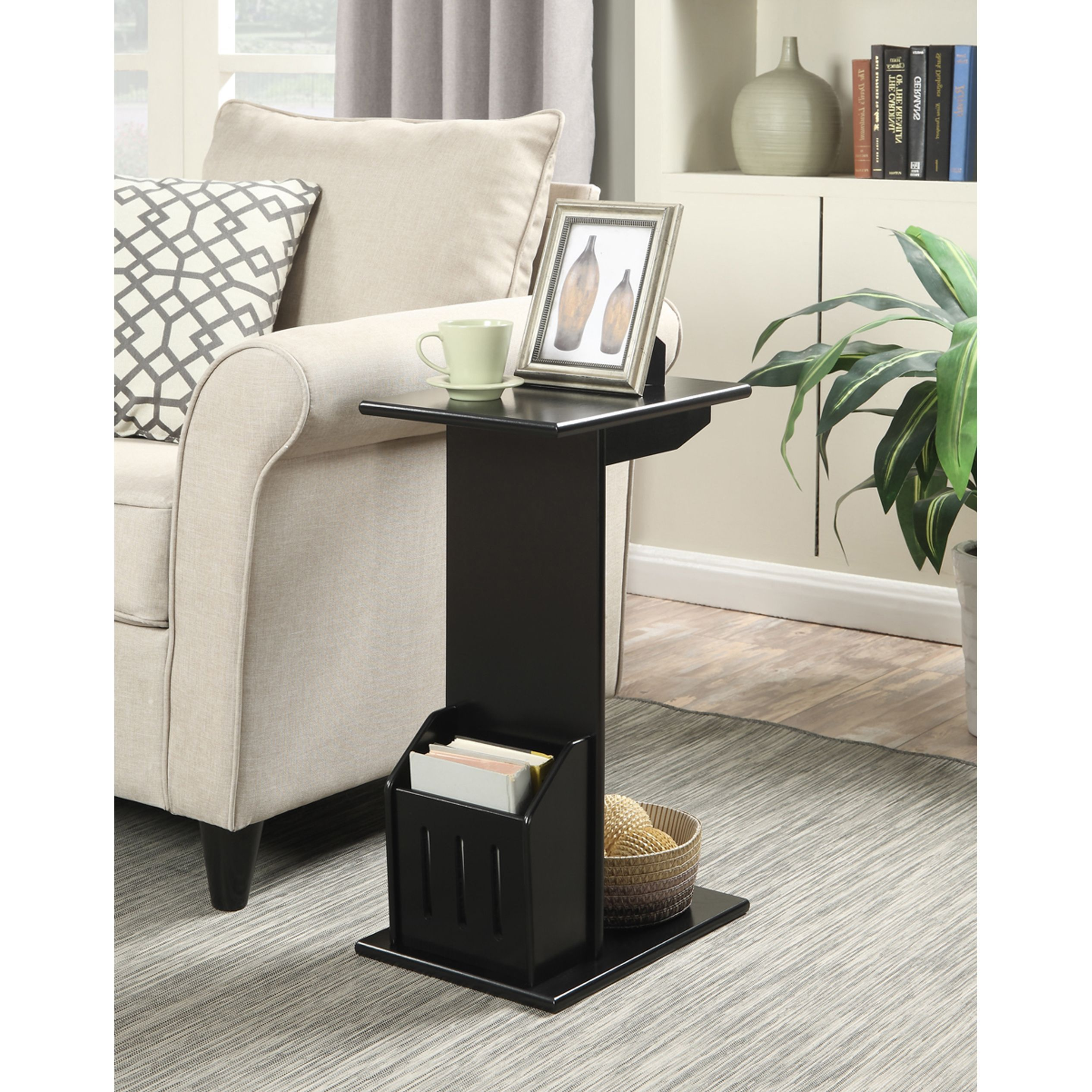 Convenience Concepts Designs2Go Abby Magazine Black and Mahogany Wood C-end Table (Black)