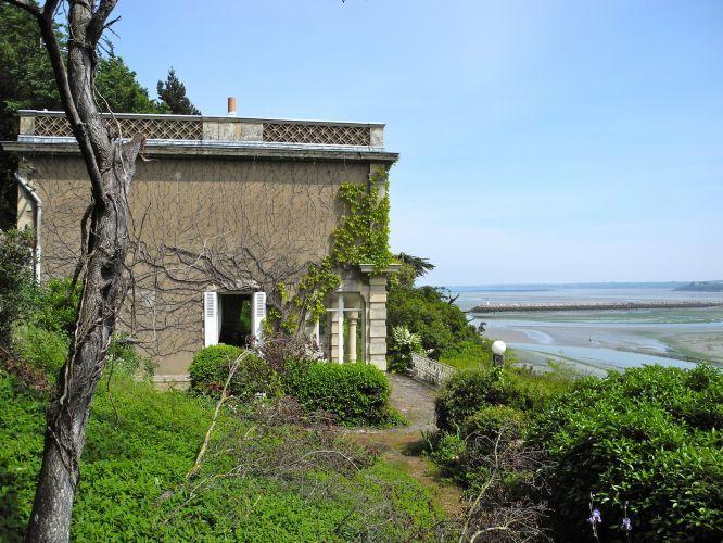 vente maison 7 pieces 140 m2 vue mer baie de saint brieuc immobilier bord de mer bretagne. Black Bedroom Furniture Sets. Home Design Ideas