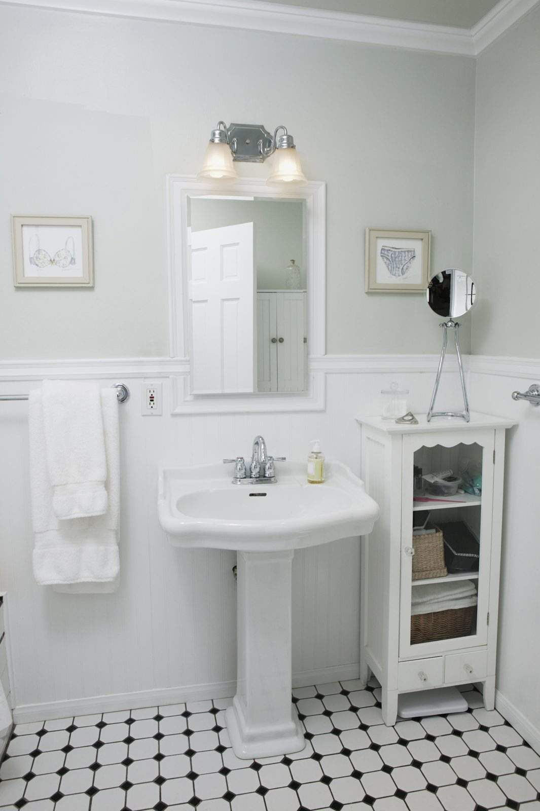 Is your bathroom too small? You\'re not alone in thinking the space ...