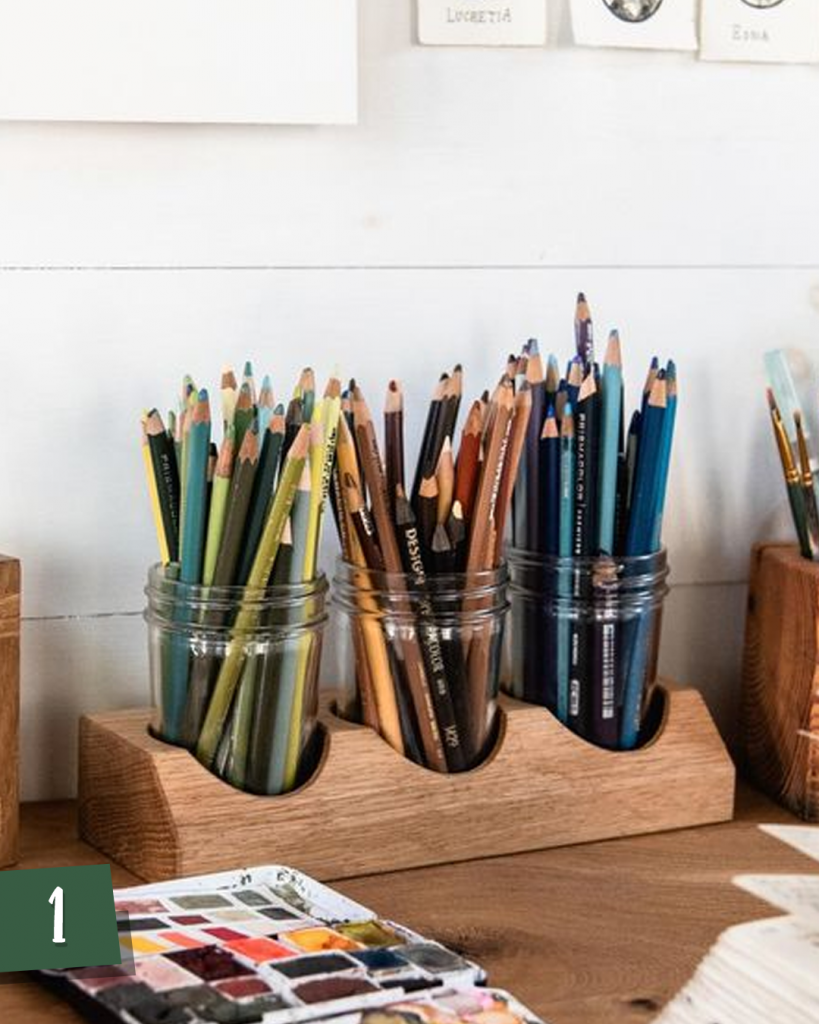 Lápis e Canetas Organizados - Conká