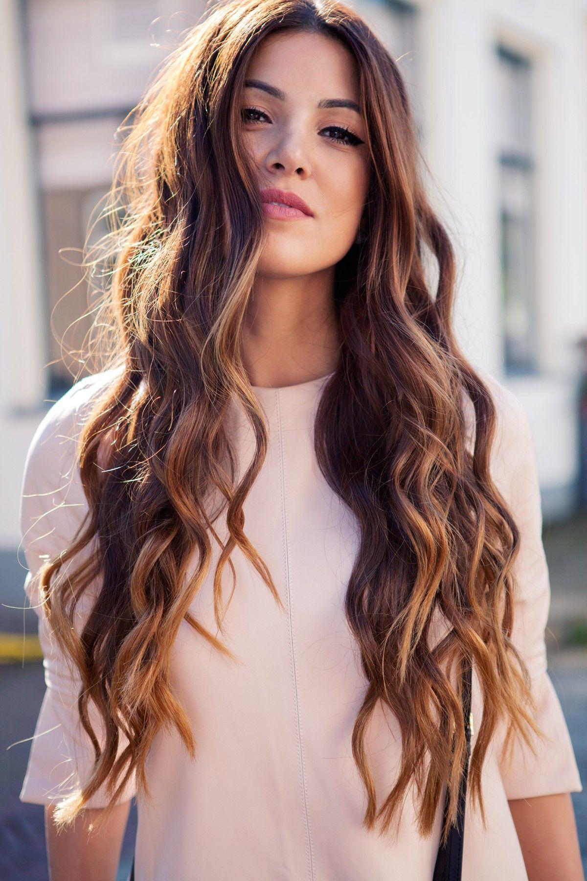 Long Flowing Waves Hair Włosy Długie Włosy I Fryzura