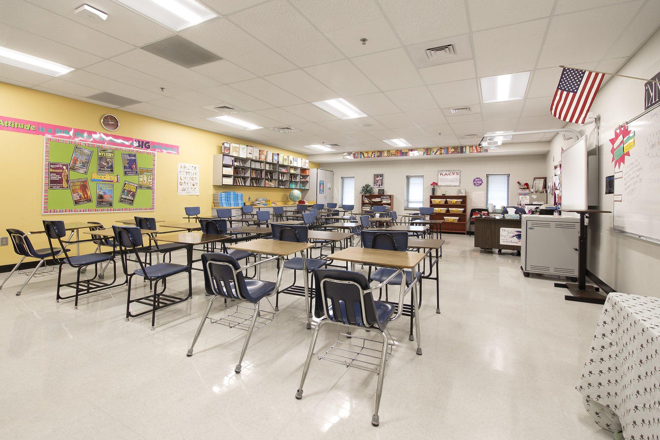Environmentally Friendly Led Lights Qualify School Retrofit Design For Huge Energy Savings Rebate College Architecture Design Save Energy