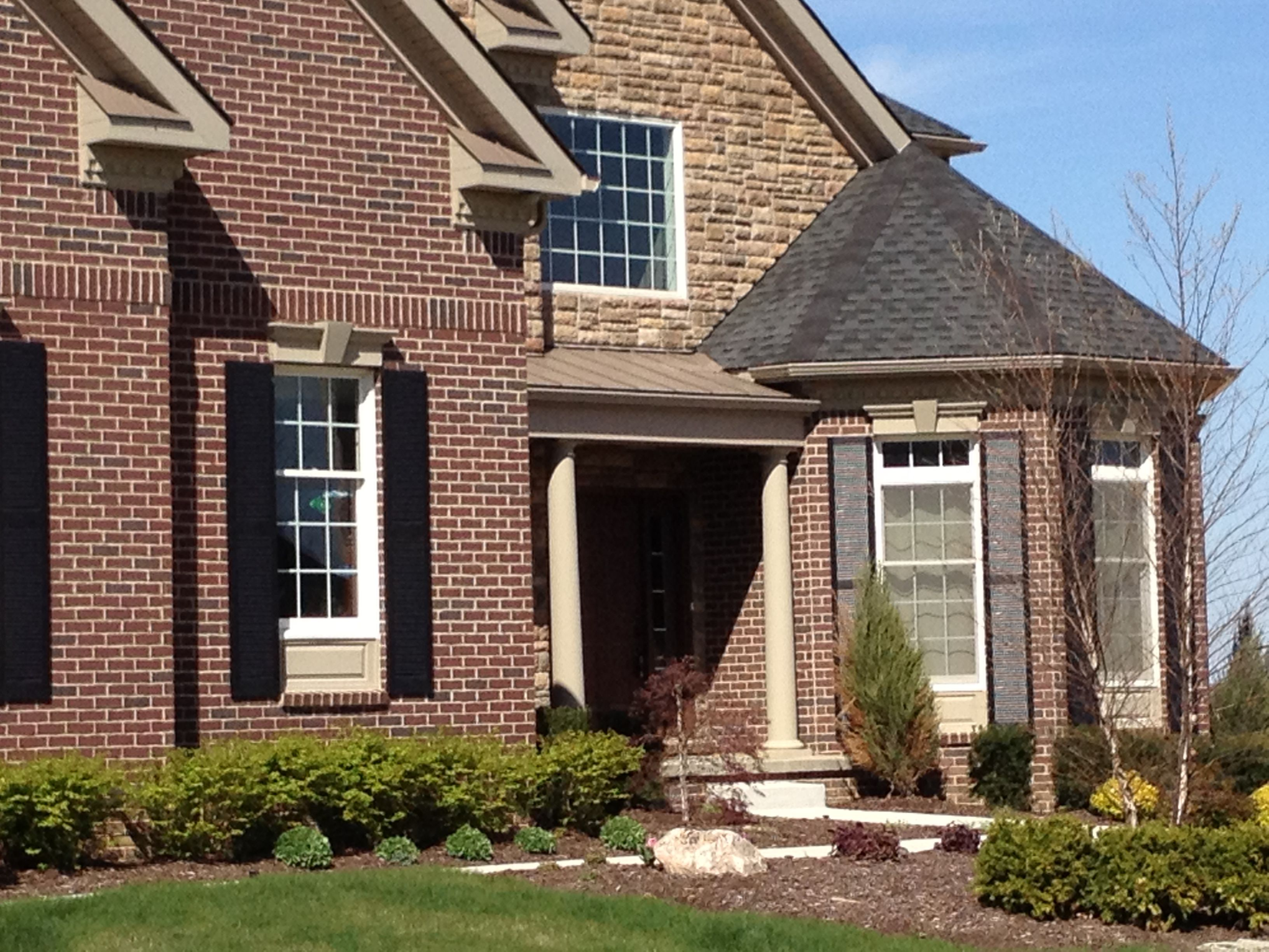 Brick And Stone Exterior Combinations Love The Brick And Stone Combination Mulberry Brick