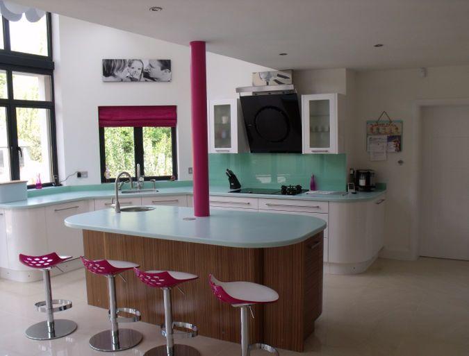 Attractive Avant White U0026 Maki   Elements Kitchens Kitchen