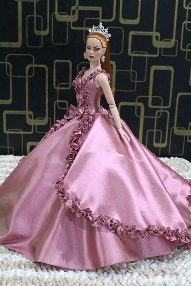 Pin by T.d. Fasiondolls on dress for doll 22 inch | Pinterest ...