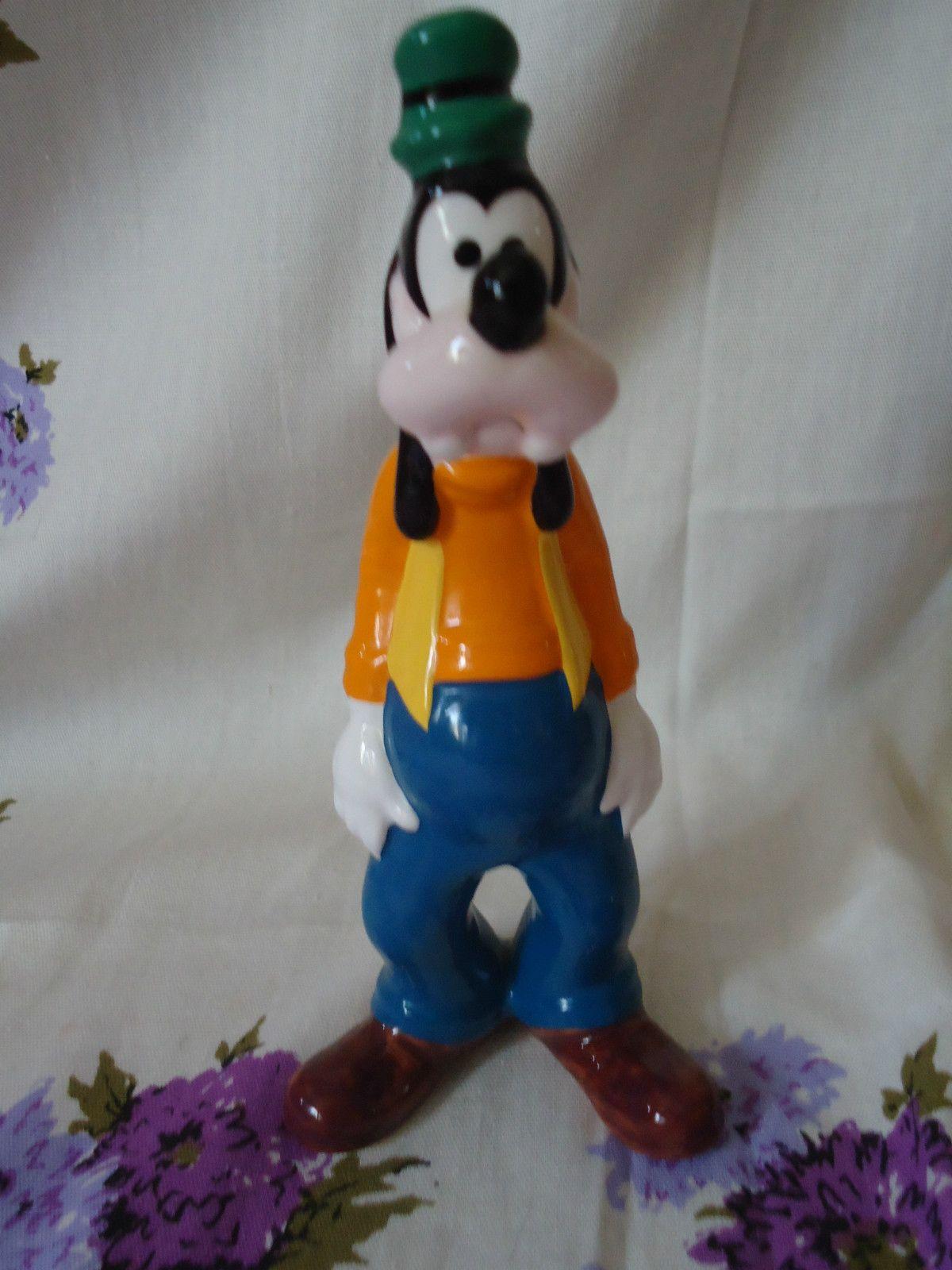 Disney Goofy Ceramic Porcelain Figure Figurine Statue