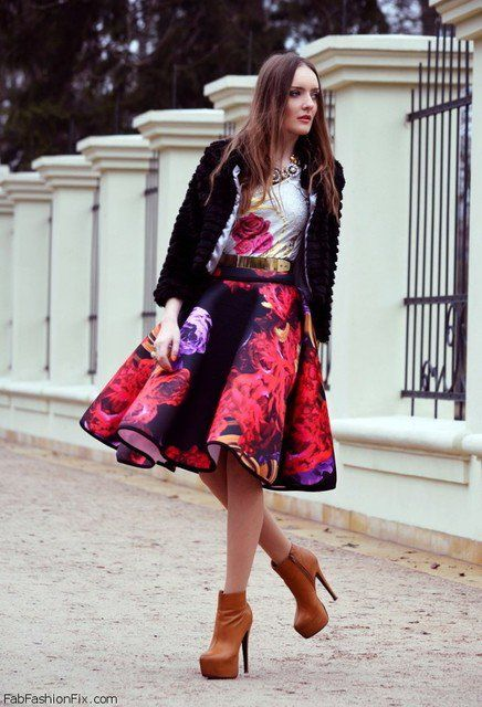 8 idées de tenues pour porter la jupe longue et ample