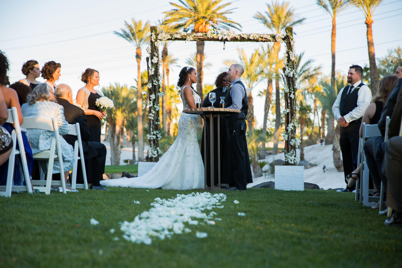 Las Vegas Wedding Destination Wedding Venue Cili Restaurant Golf Course Wedding Wedding In Paradise Las Vegas Weddings Married In Vegas Las Vegas Golf