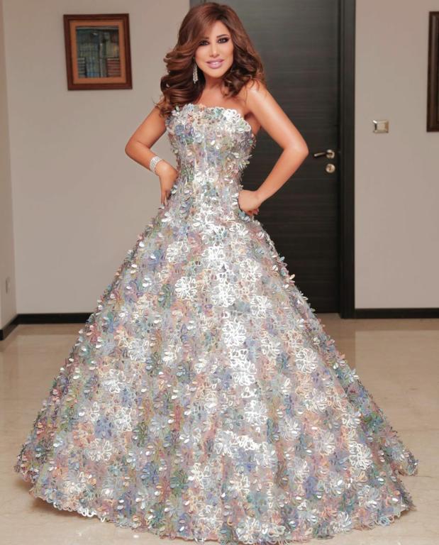 أجمل فساتين نجوى كرم 2020 موديلات فساتين جديدة Gowns Glamorous Dresses Ball Gowns